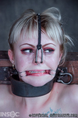 bdsm Wedged , Anna Tyler , HD 720p