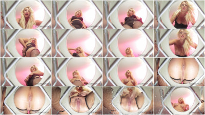 Bella Bathory Pisses On Her Human Toilet (2015)