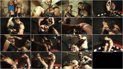 Gay BDSM Turbo Leon - Alberto Martin