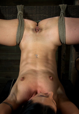 Sexy Bondage Legend Wenona, Gets Skull Fucked, For First Time In Bondage