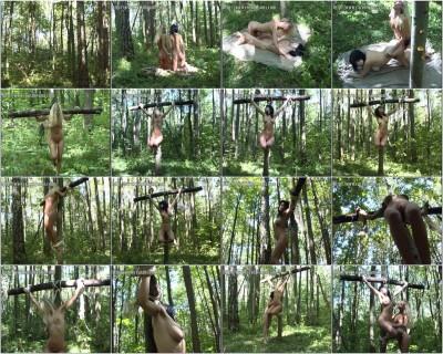 Crux Dreams - Sveta and Vika 01