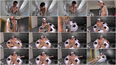EBoys - Web Cam - Jerk-off - Muscle Flex Featuring Alexander Dorch