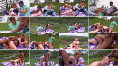 Great Bisex Time with Sweet Redhead Ennio Guardi, Rosta Benecky (2016)