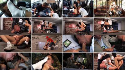 Sneaker Sex 7 - Gangster Alarm