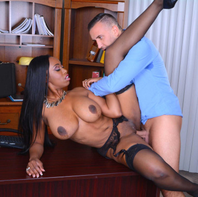 Boss Couldn't Resist The Secretary With A Big Boobs