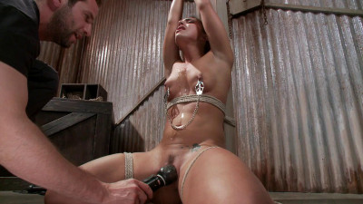 Fuckedandbound - 08-02-2013 - Fresh Meat - Mischa Brooks
