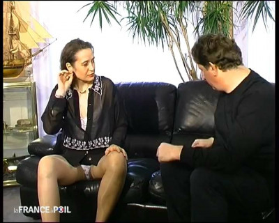 Sylvie Andrea est très vulgaire quand elle prend son pied!