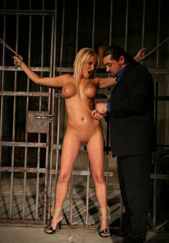 Hot Ginna in BDSM action