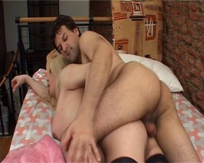 Dickgirl loves anal