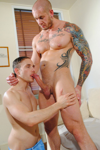 Harley Everett & Jack Jefferson – 6 ft 4 Skinhead Bodybuilder Fucks Hot Hungry Bottom
