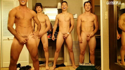 Posing sexy guys!
