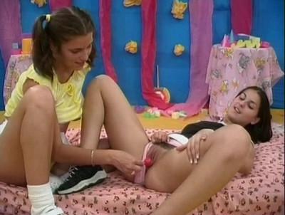 Seventeen - Lesbian School Teens 02