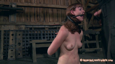 Back To The Barn – Hazel Hypnotic