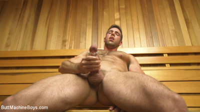 Muscled hunk machine fucks his ass and shoots all over the sauna floor
