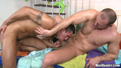 Massage My Dick And Give Some Anal Therapy - Tomm & Fernando Torreta