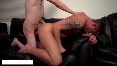 Dillon Anderson, Leo Sweetwood