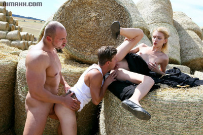 BiMaxx Morning Bisexual Surprise on a Farm