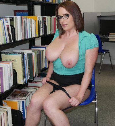 Maggie Green — Checking out the big tits at the library FullHD 1080p