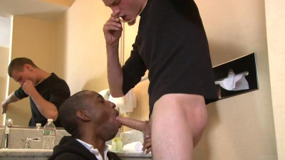 Black guy sucks a great dick!
