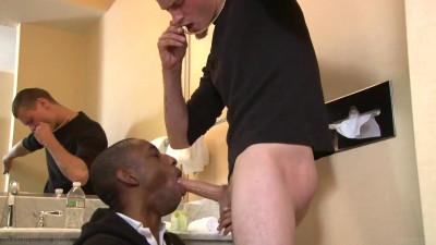 Black guy sucks a great dick!