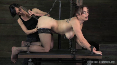 IR - Bella Rossi, Elise Graves - Return of the Panty Sniffing Perverts - Feb 07, 2014 - HD