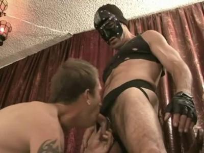 Gay – Knightbreeders – Slave To My Hole