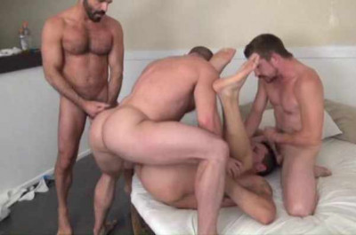 Householes In Gangbang
