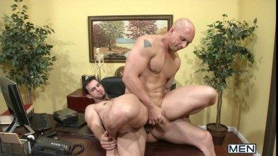 Dirty Chiropractor - STG - Str8 to Gay - John Magnum & Phenix Saint