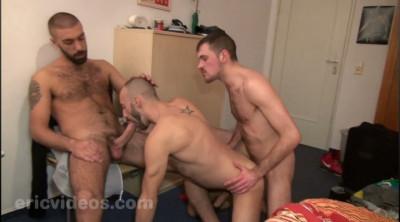 Olivier load a whore together