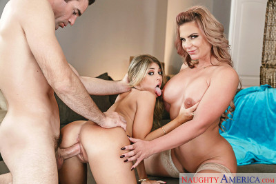 Kayla Kayden, Phoenix Marie – Thanksgiving dinner (2016)