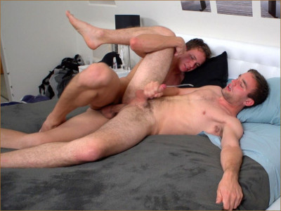 Garrett cums in Andrew (Andrew Collins, Garrett Cooper)