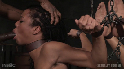 Kira Noir - All natural stunner chained down and used hard from both ends (2015)