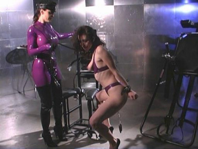 GwenMedia – Sessions 11 – Mistress Evolin & Anastasia Pierce
