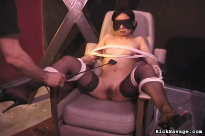 Bound Asian Beauty 1: Mei-Ling hi