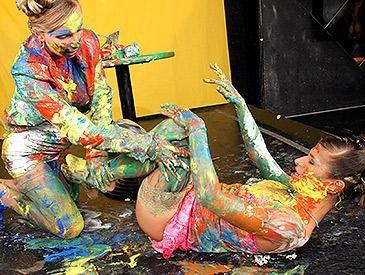 Finger Painting Fashion Craze