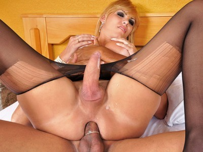 Kananda Hickman Gets Fucked in Pantyhose