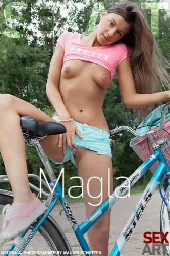 Description Magla