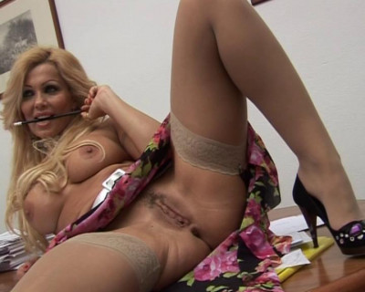 Busty blond cougar getting orgasmic