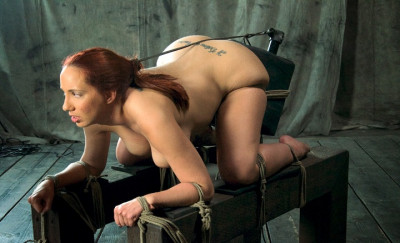 Sybian, brutal skull fucking turns Kelly Devine into a non-stop cumming zombie