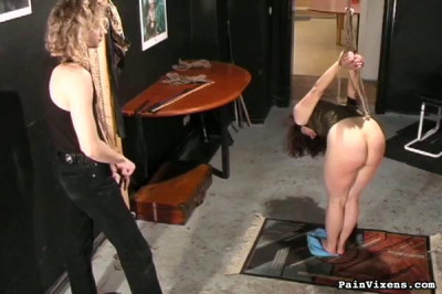 PainVixens/Fit to be tied
