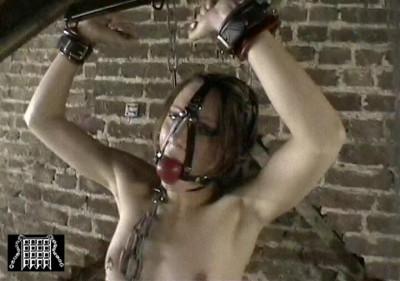 Slavegirl Bondage