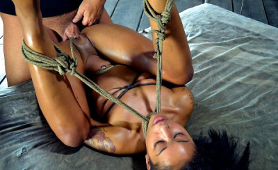 Urban X Performer Of The Year Extreme Fucking, Deep Throating Sex , Skin Diamond