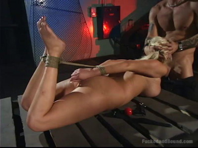 Test Riding Carly Parker – Only Pain HD