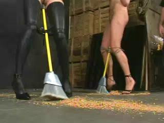Insex – 411 Punctured (Live Feed August 3, 2001) (411, 101)