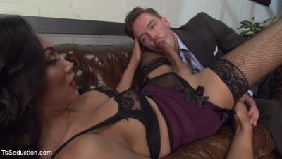 Devastatingly Gorgeous Secretary Punishes Sexist Boss Pig!