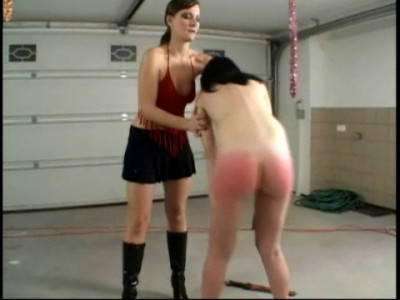 Submission In The Garage