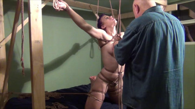 TB – Bondage In The Bedroom