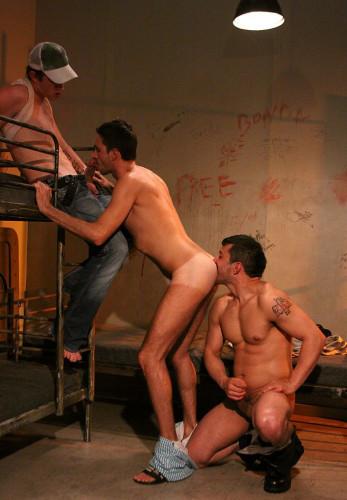 Description Sexy Naked Men Vol. 2