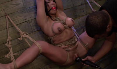Becca Diamond's slave training session