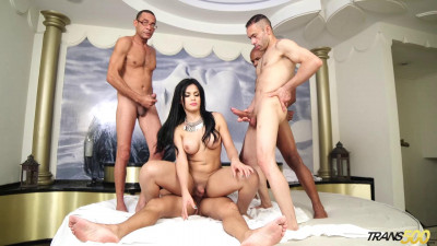 Bruna S First Gangbang(Dec 2015)